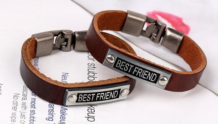 bratari pentru prieteni