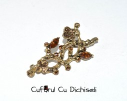 bijuterii cu strasuri, bijuterii strasuri, BROSA, brosa vintage, brose vintage, cufarul cu dichiseli