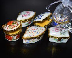 Parfum de puls in cutie ceramica.