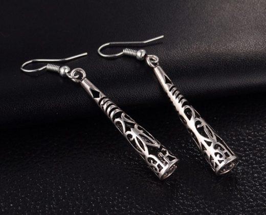 Cercei lungi din argint tibetan