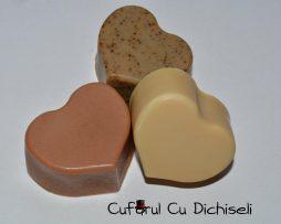 Set sapunuri handmade din ingrediente 100% naturale.