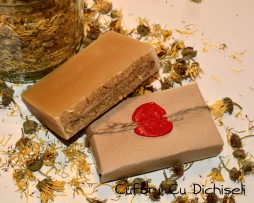 Sapun handmade din ingrediente 100% naturale