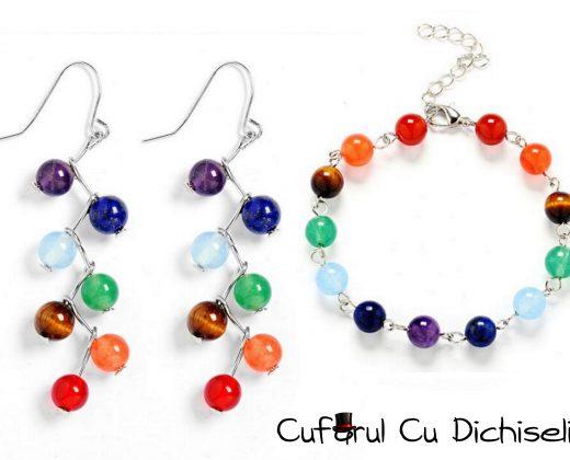 Set bijuterii din margele colorate
