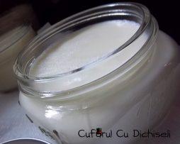 Crema de fata naturala special creata pentru ingrijirea tenului gras
