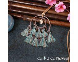 Coliere handmade din metal, piele si franjuri din bumbac