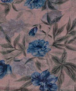 eșarfă roz cu flori