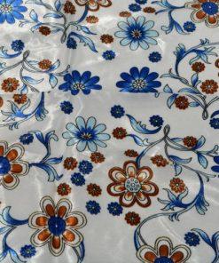 eșarfă albastră cu flori